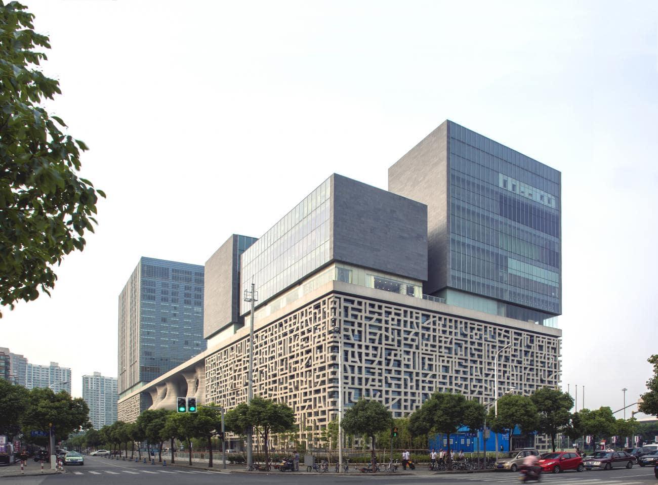 پروژه آراتا ایسوزاکی برنده جایزه معماری پریتزکر 5