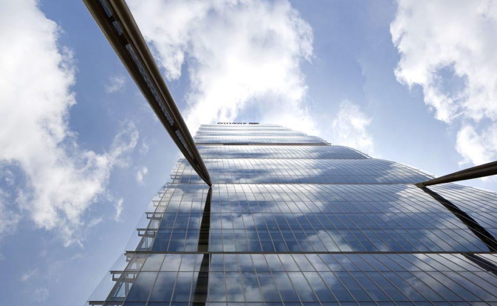 پروژه آراتا ایسوزاکی برنده جایزه معماری پریتزکر 3