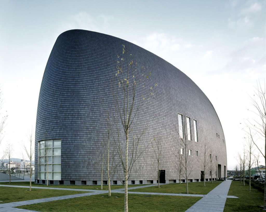 پروژه آراتا ایسوزاکی برنده جایزه معماری پریتزکر 8