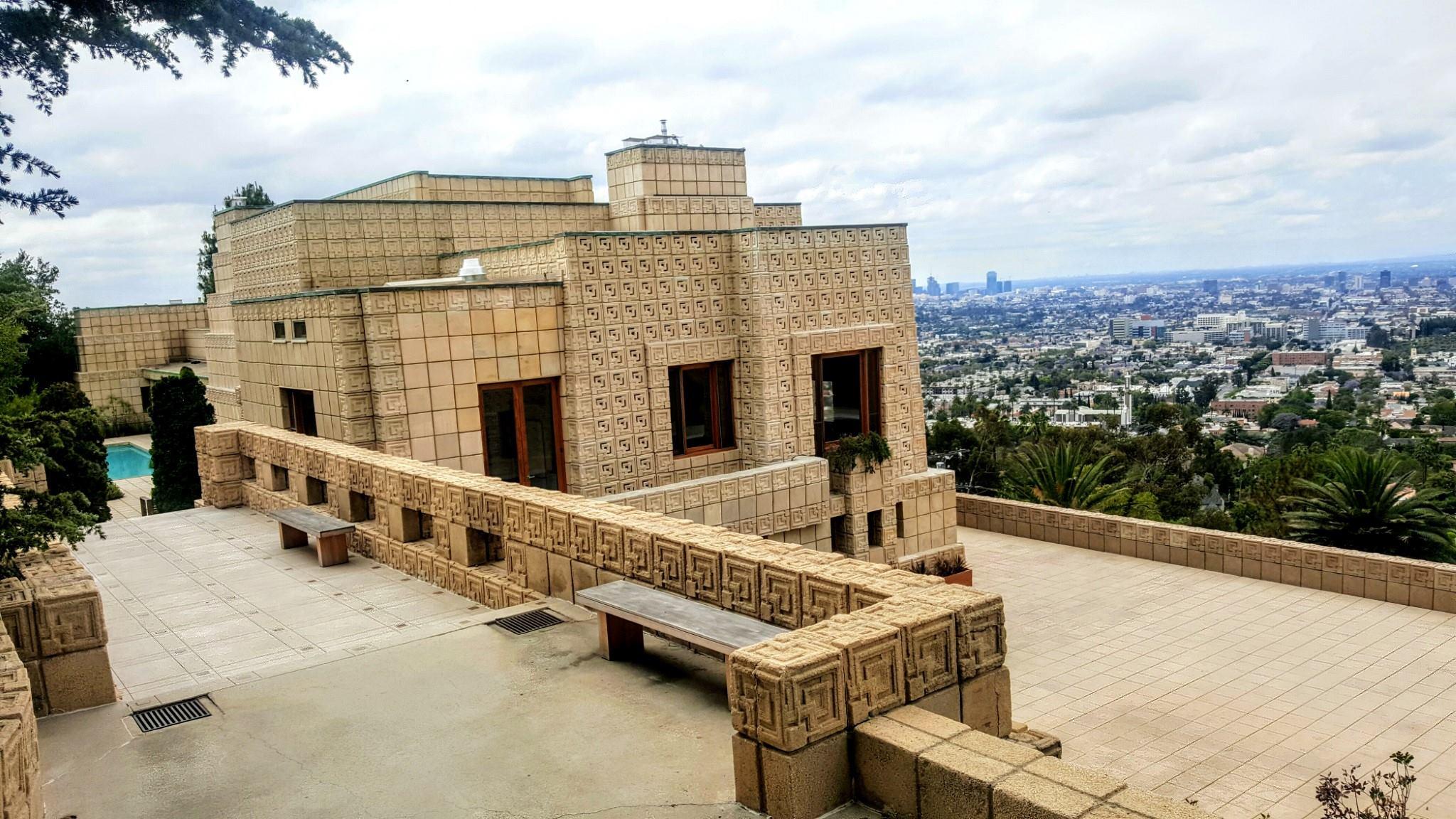 معماری مردن سبک کاری فرانک لوید رایت در