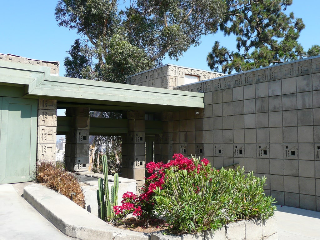 خانه فریمن طراحی شده توسط فرانک لووید رایت