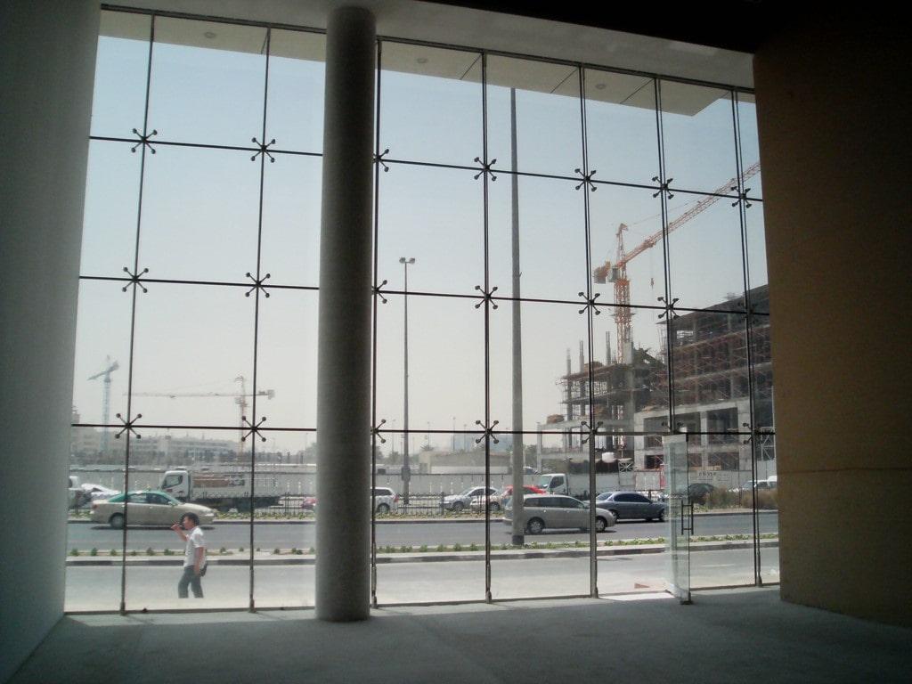 نمای شیشه ای کابلی تصویر دوم