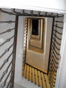 چشم پله در ضوابط طراحی راه پله