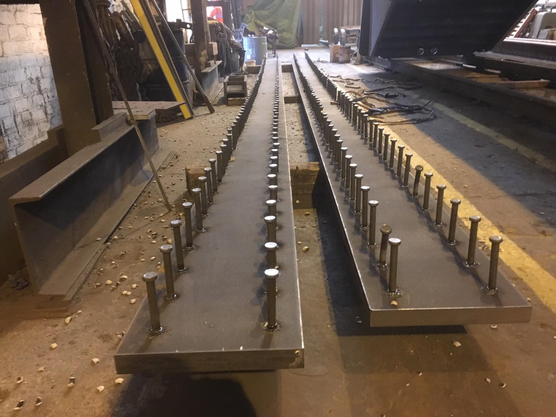 ساخت و تولید سقف عرشه فولادی در کارخانه