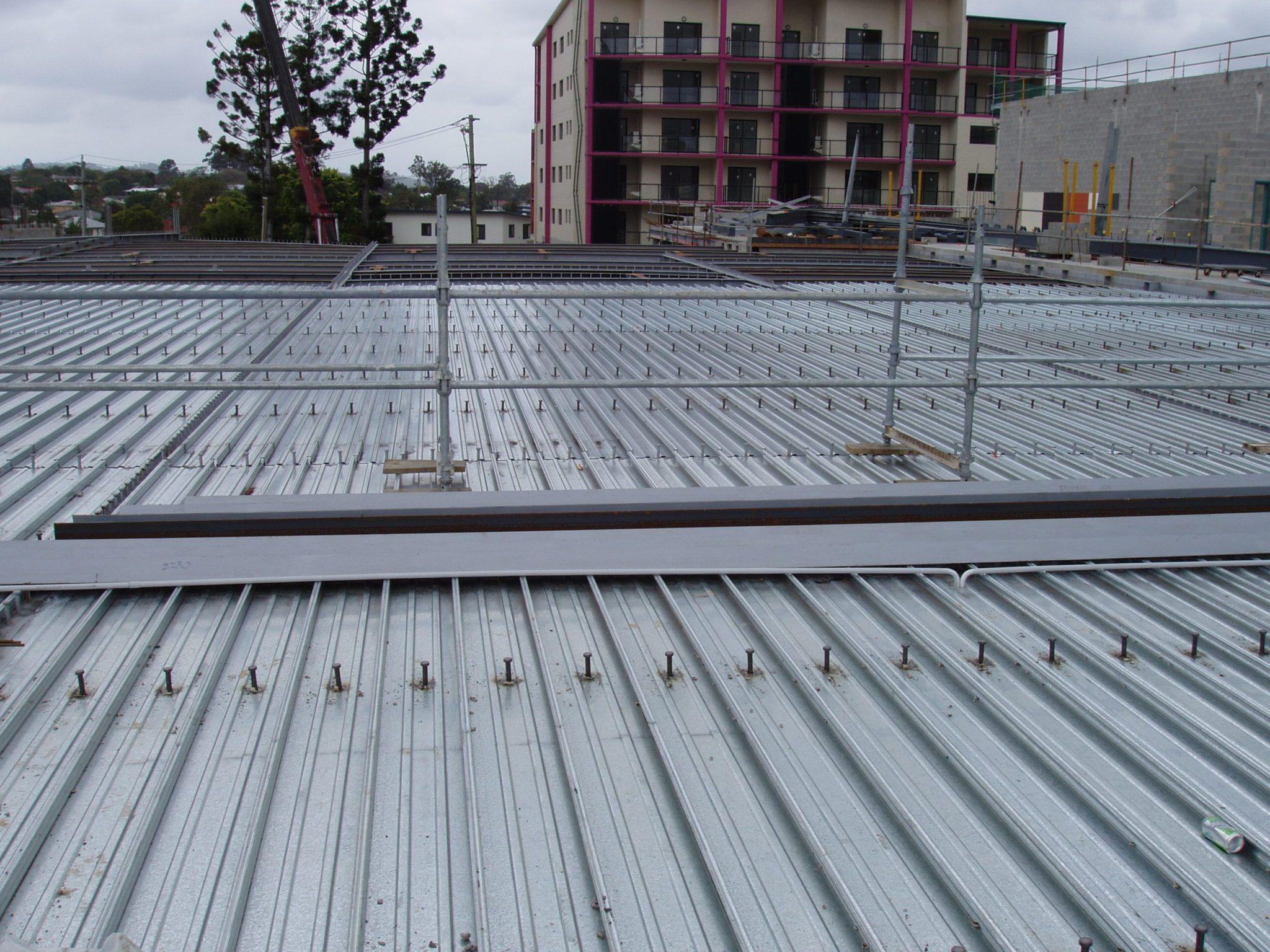 نکات آیین نامه ای در اجرای سقف عرشه فولادی