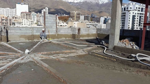 اجرای شیب بندی طبقات و پشت بام ostovarsazan.com