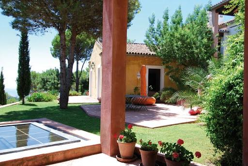 طرحهای خانهسازی کامران دیبا در اسپانیا ostovarsazan.com