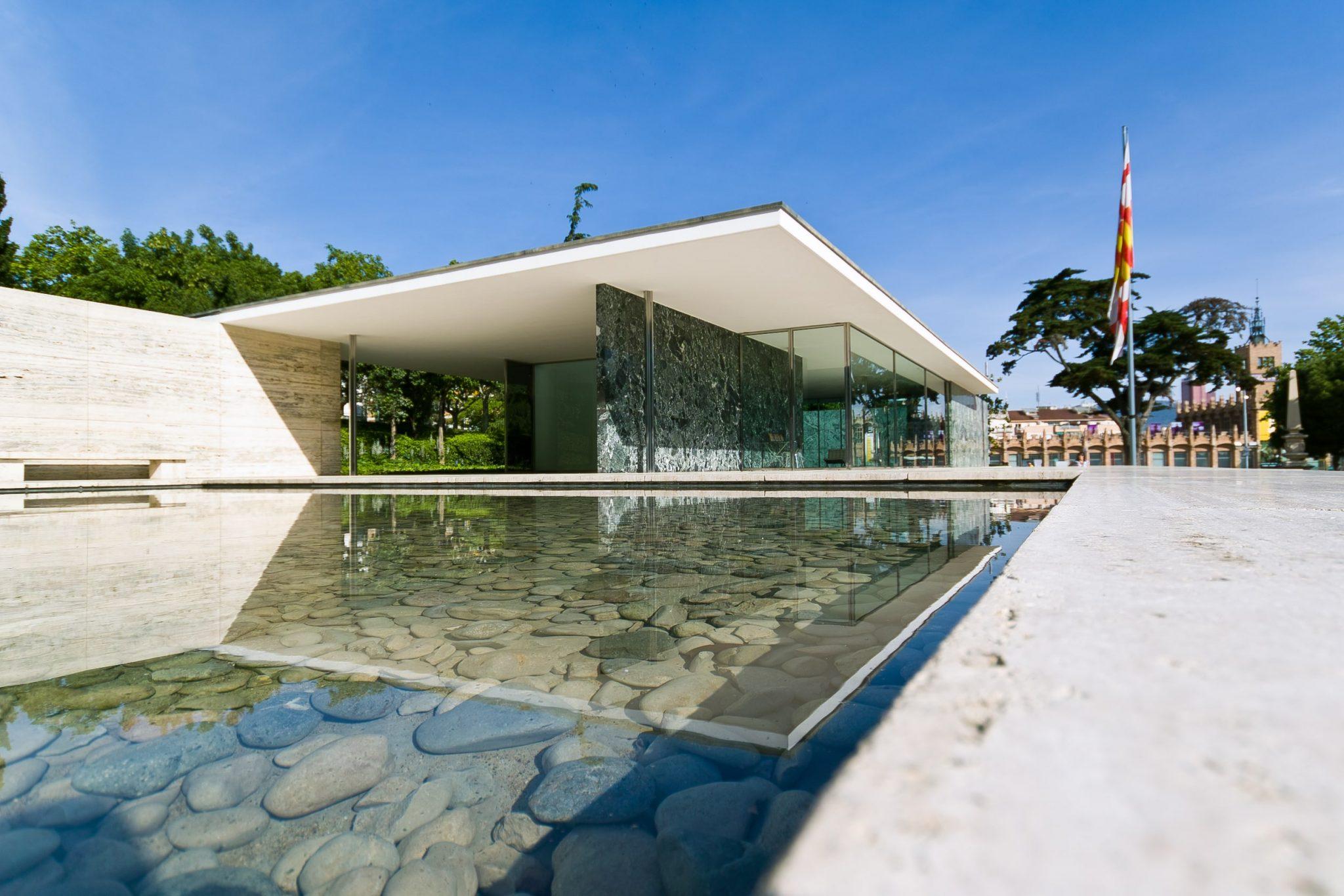 اصول معماری مدرن لودویگ میس فن در روهه
