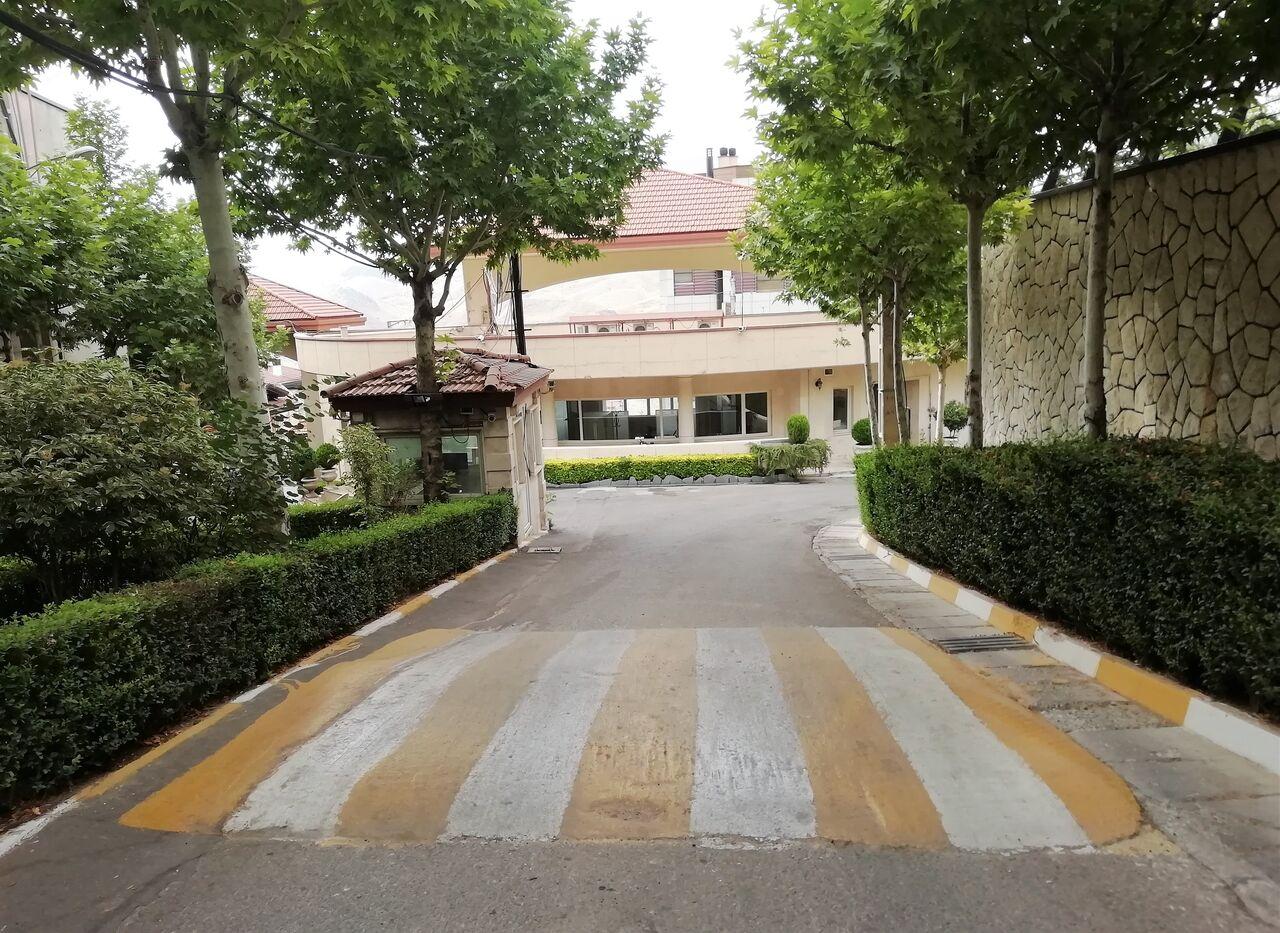 ورودی شهرک باستی هیلز