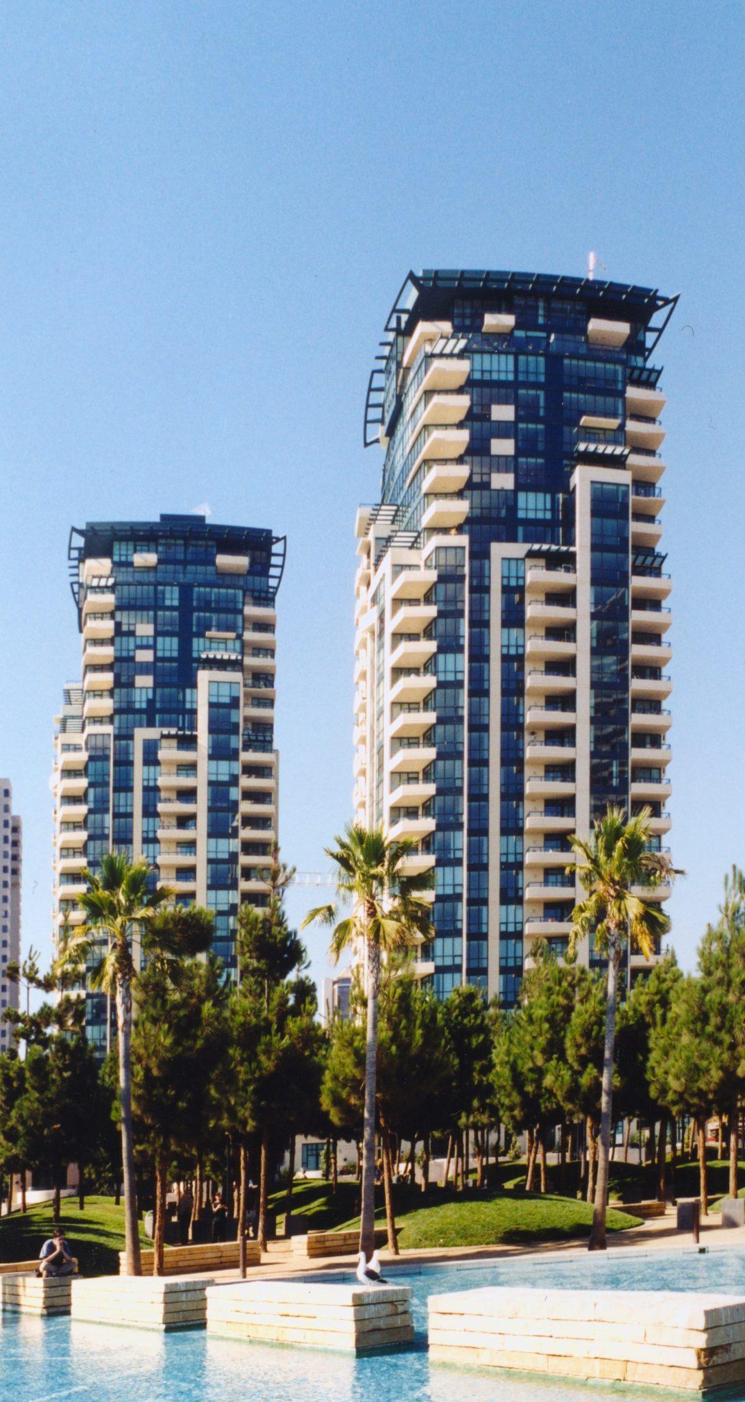 حسین امانت برجهای هورایزن در کالیفرنیا