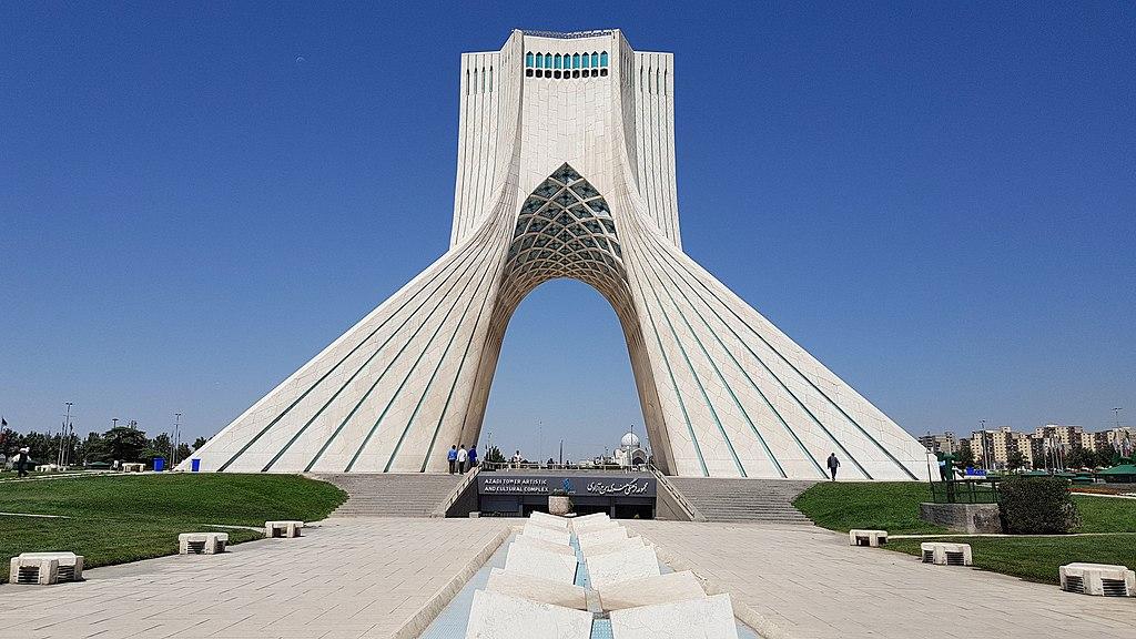 ویژگیهای برج آزادی ساخته حسین امانت ostovarsazan.com