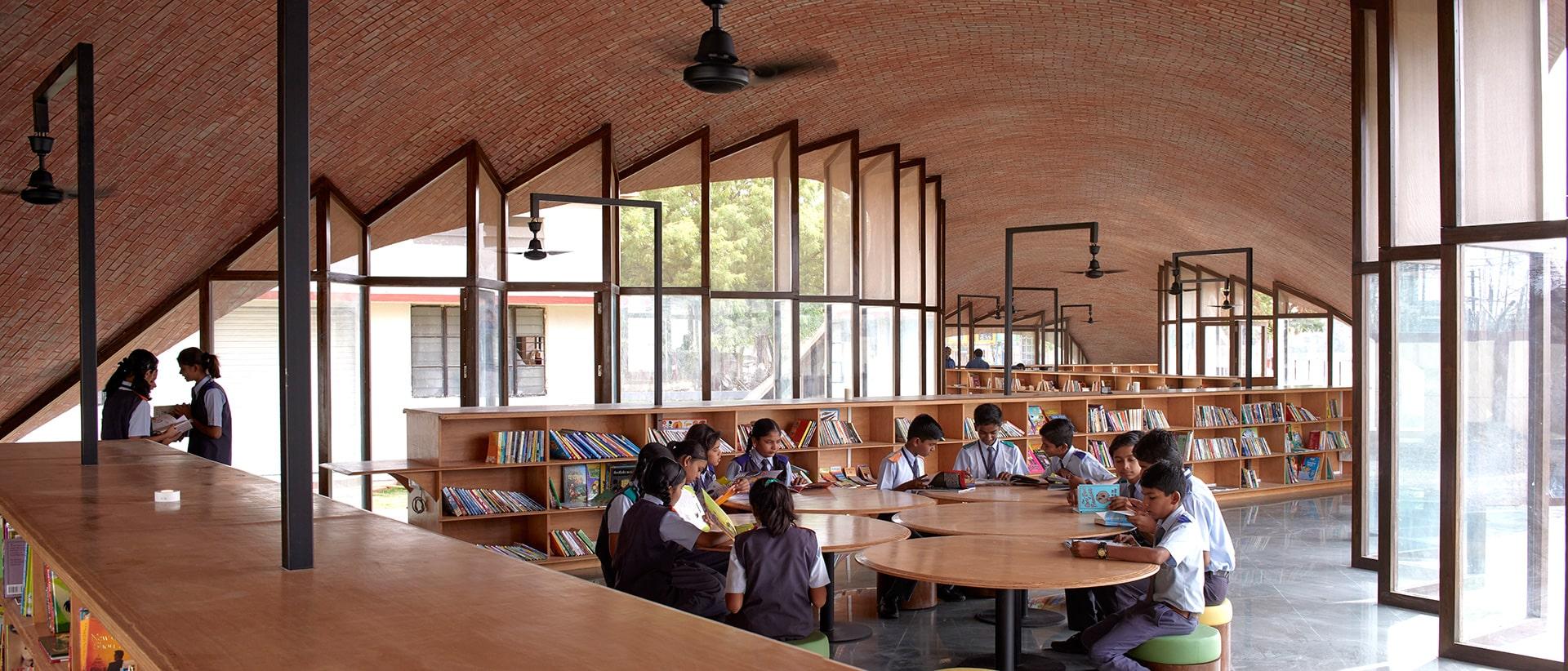 2 زیباترین ساختمان آموزشی