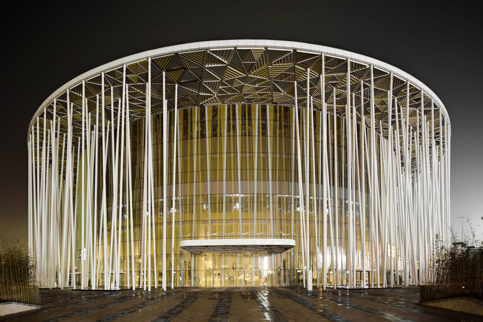 زیباترین ساختمان سالن تئأتر