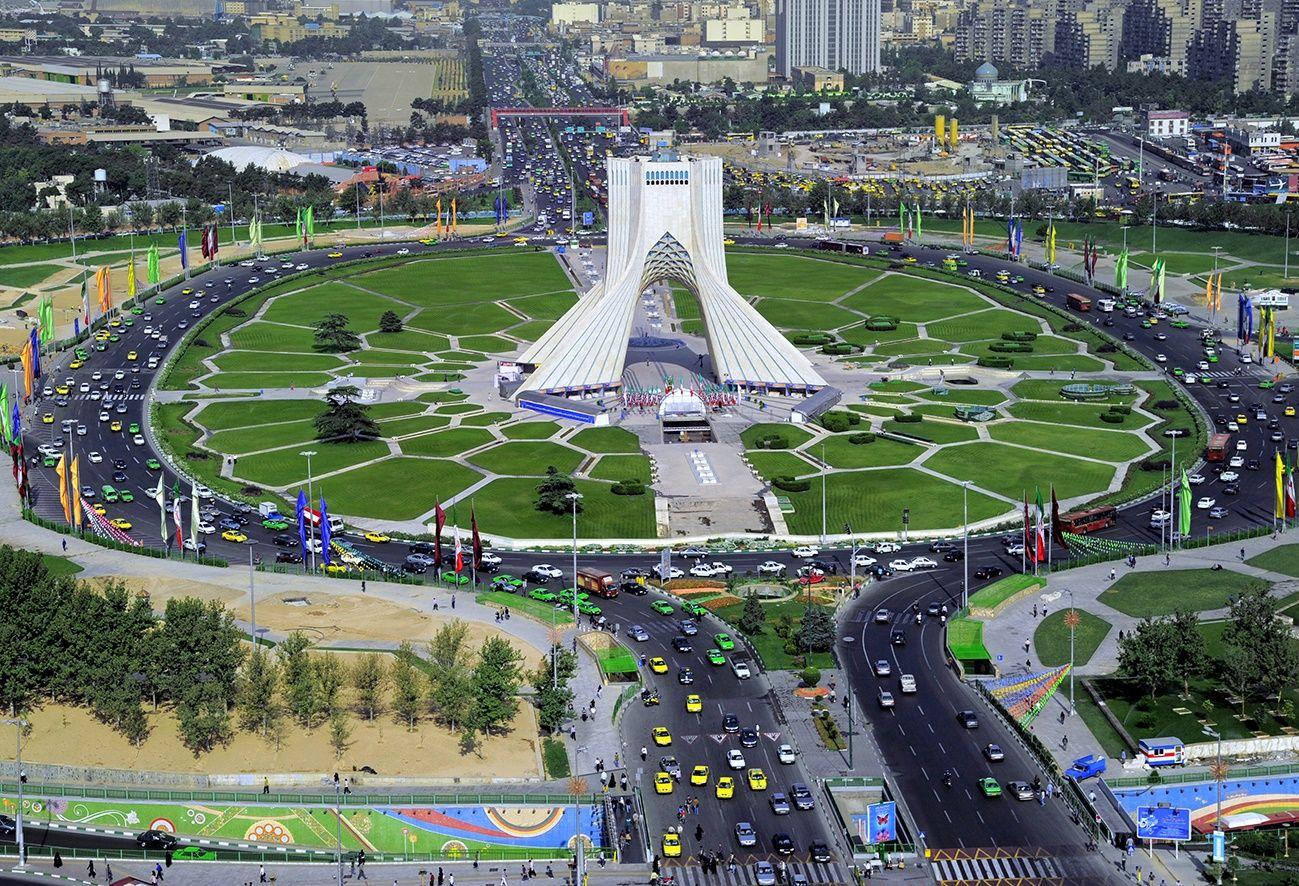 برج آزادی حسین امانت ostovarsazan.com