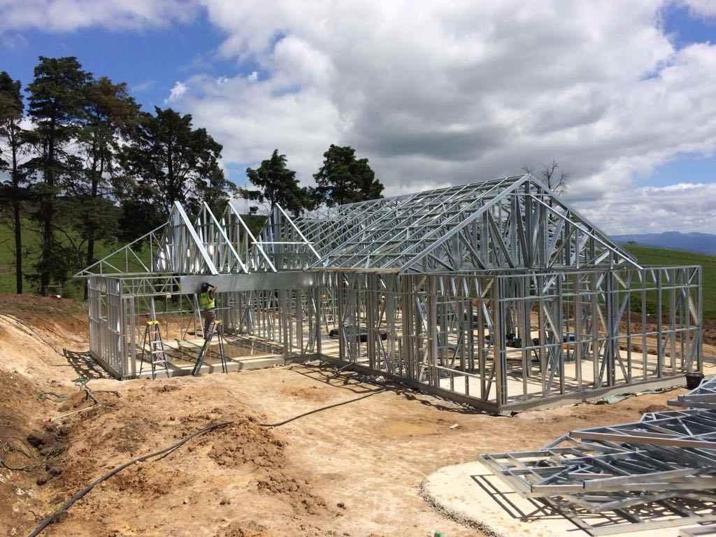 اجرا و مراقبت از سازههای فولادی
