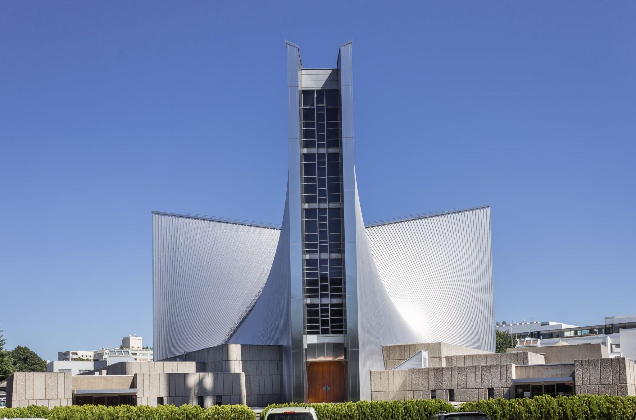 کنزو تانگه St. Mary's Cathedral Tokyo Cathedral