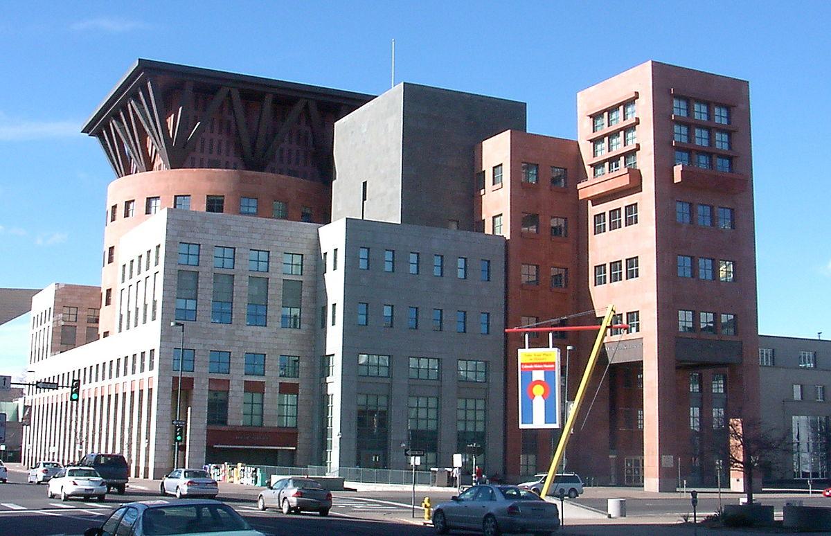 مایکل گریوز Denver Public Library