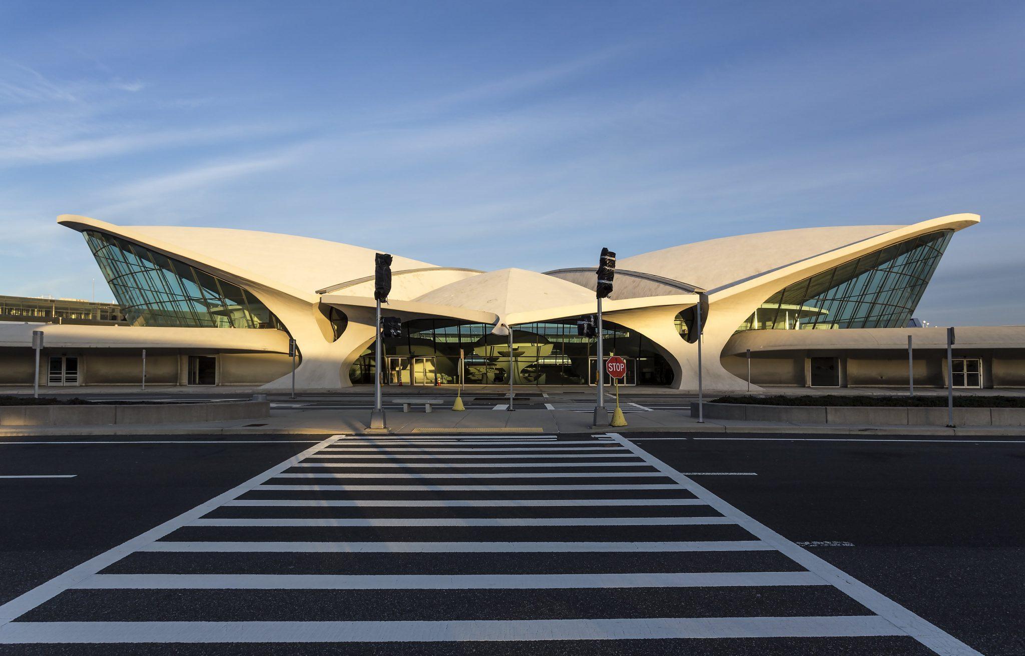 ارو سارینن John F. Kennedy International Airport (2)