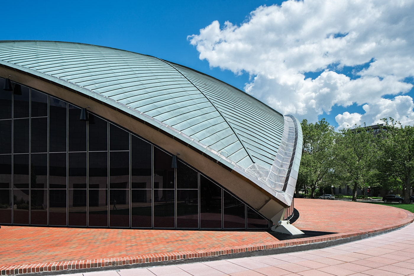 ارو سارینن Kresge Auditorium, MIT