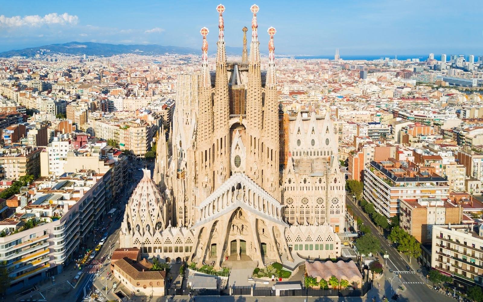 آنتونی گائودی Sagrada Família (1)