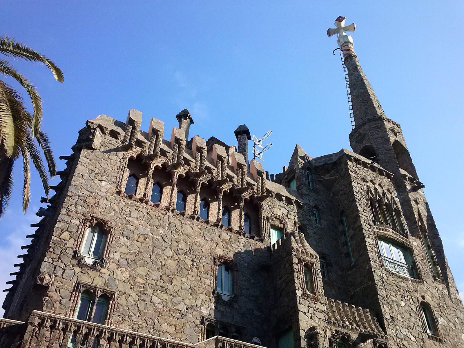 آنتونی گائودی Torre Bellesguard (1)