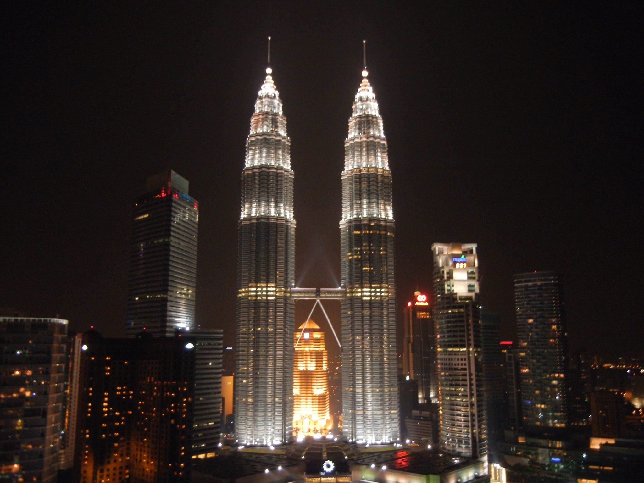 برجهای دوقلوی پتروناس مالزی