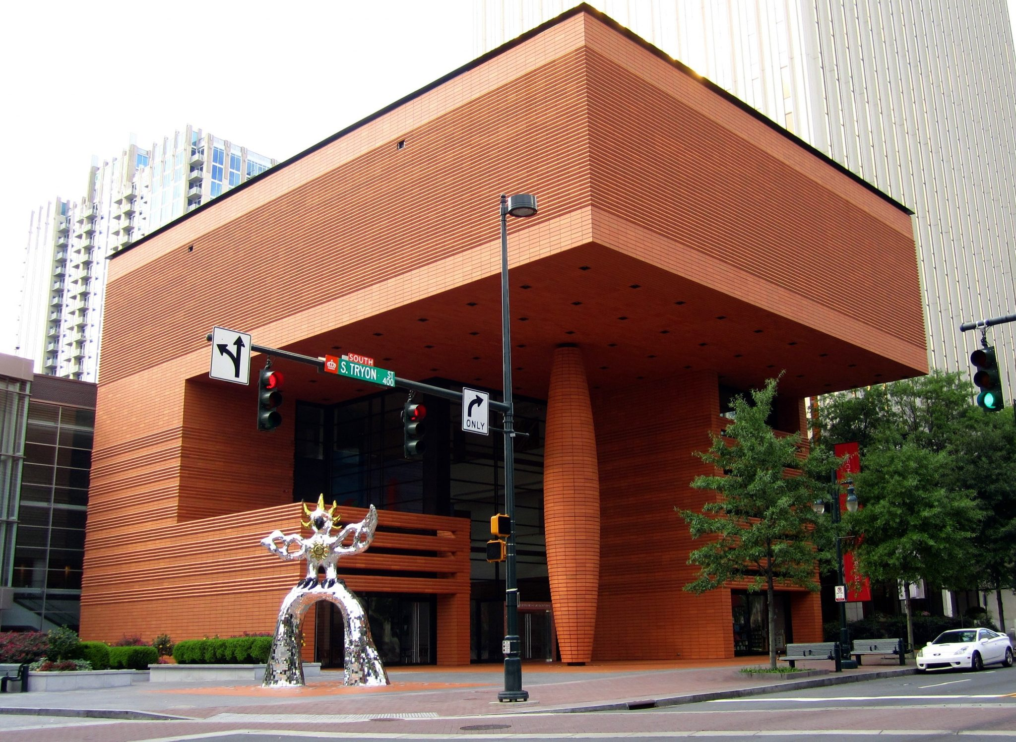 ماریو بوتا Bechtler Museum of Modern Art in Charlotte, North Carolina