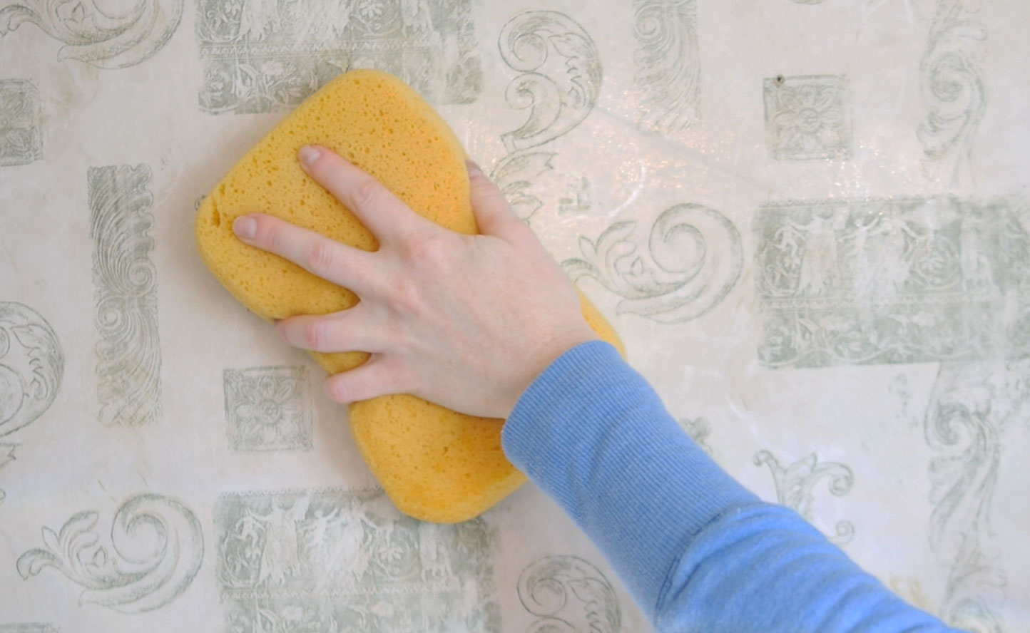 نگهداری طولانی مدت از کاغذ دیواری استوارسازان