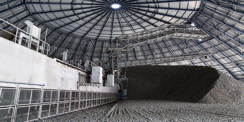 کشف سیمان در ایران استوارسازان
