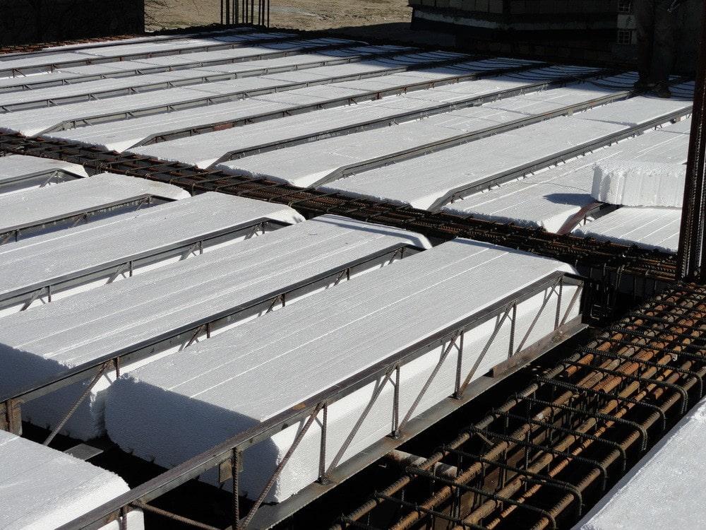 مزایا و معایب استفاده از یونولیت سقفی استوارسازان
