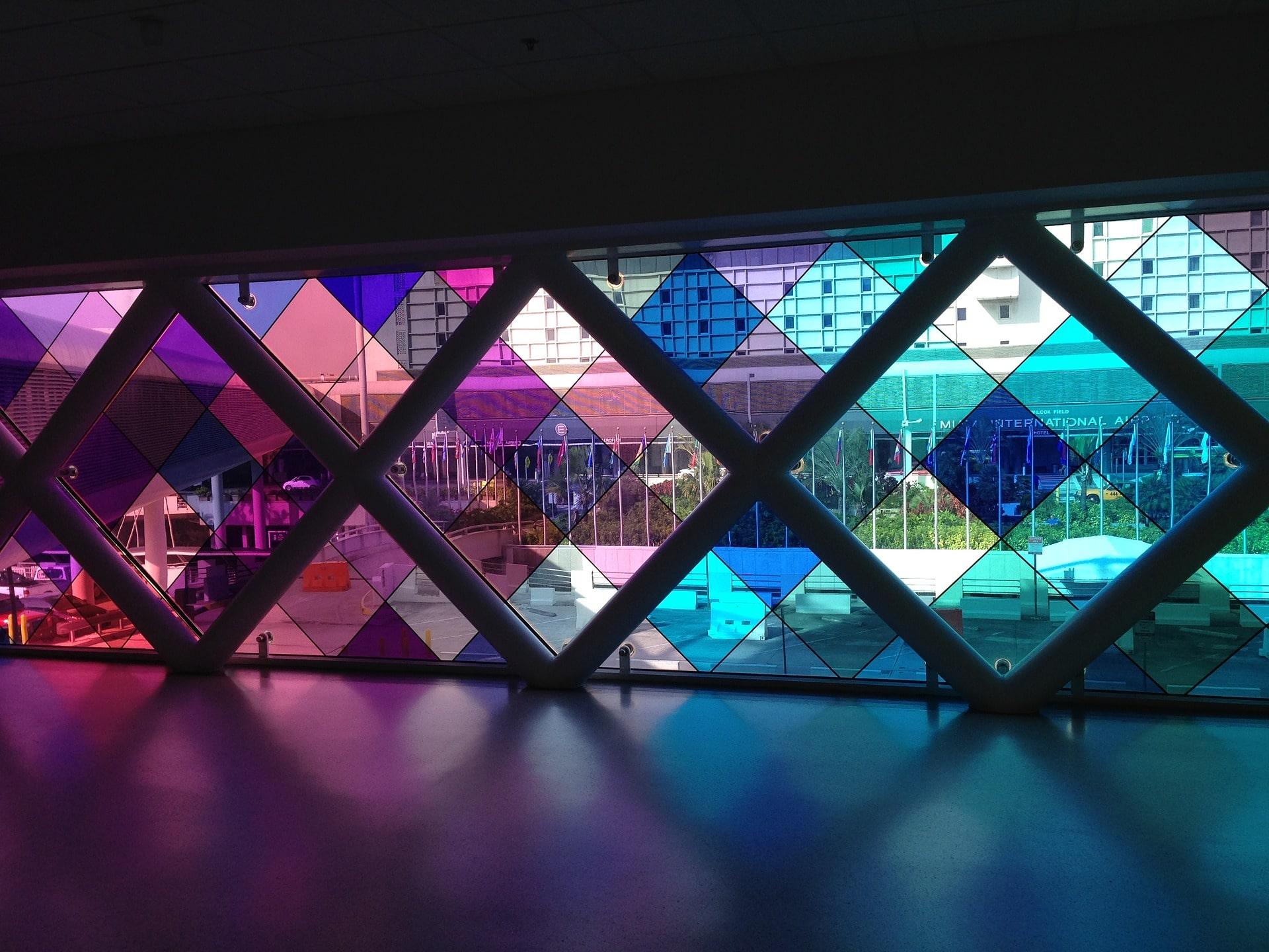 ابعاد و اندازه شیشه رنگی - استوارسازان
