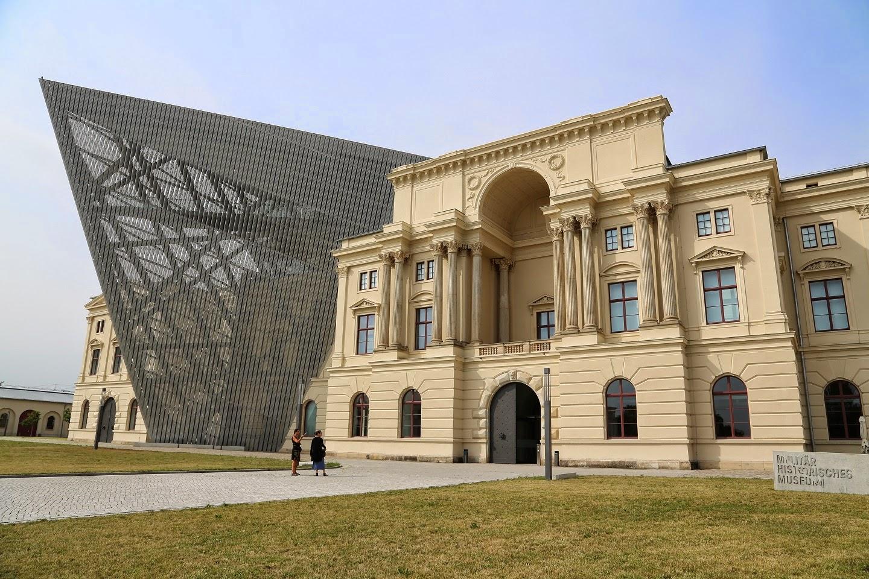 دنیل لیبسکیند Bundeswehr Military History Museum (1)
