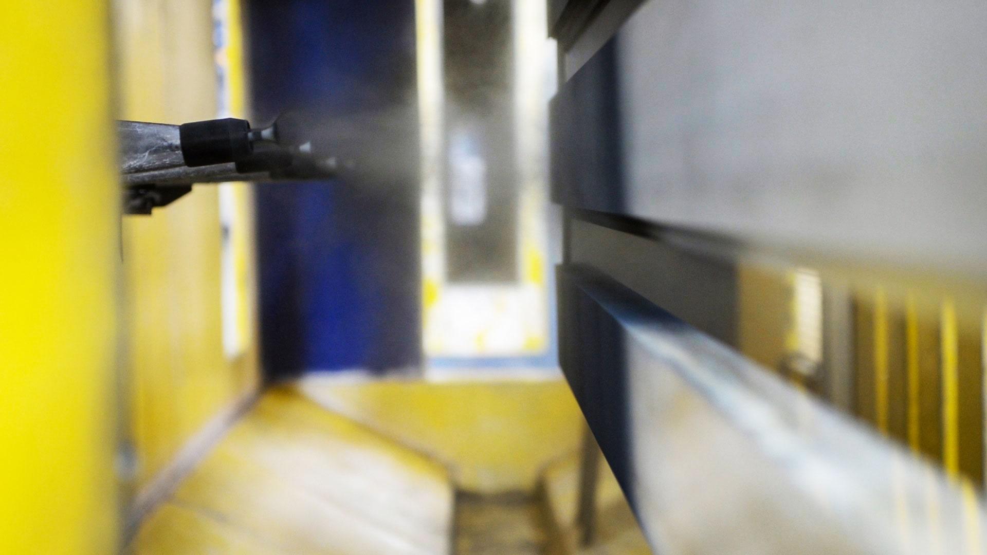 روکش پودری پنجره آلومینیومی استوارسازان