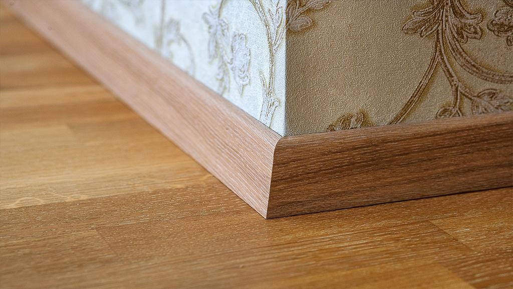 تعریفی کامل از قرنیز چوبی استوارسازان