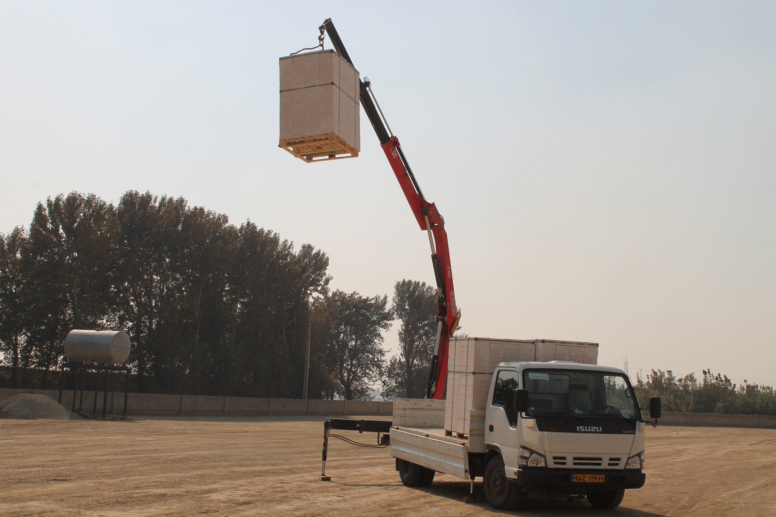 ساخت و حمل و نقل بلوک AAC استوارسازان