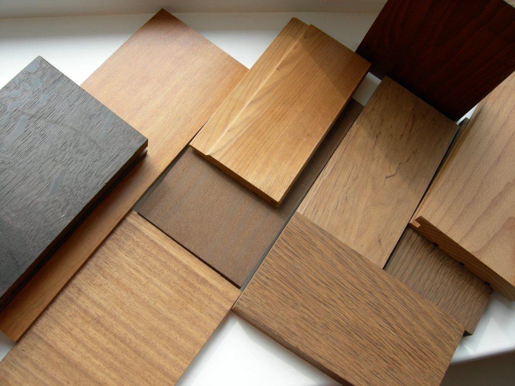 انواع چوب پنجره چوبی استوارسازان
