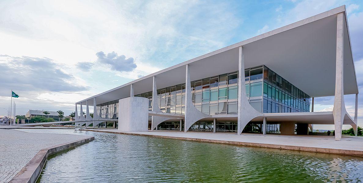 اسکار نیمایر معمار ساختمان دون پلانتو - استوارسازان