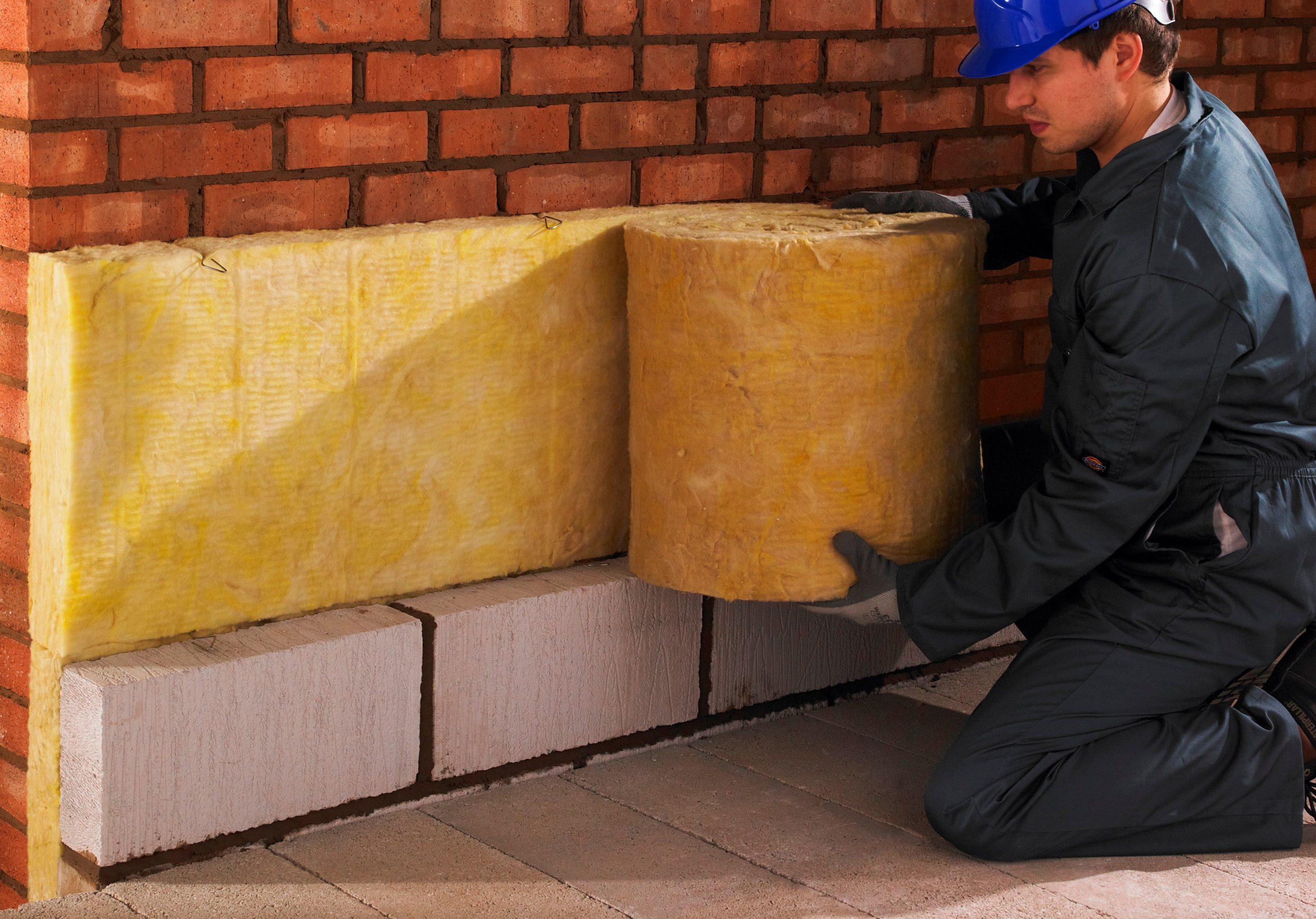 استفاده از پشم سنگ بهتر است یا پشم شیشه؟ استوارسازان