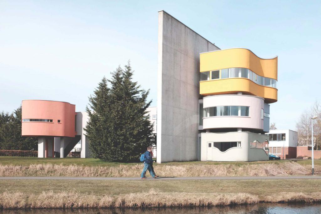 خانه دیوار دوم، طراحی در دهه ۱۹۷۰، ساخته شده پس از مرگ جان هیدوک - استوارسازان