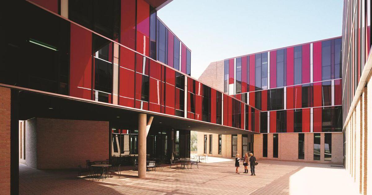طراحی خوابگاه دانشگاه تگزاس الخاندرو اروانا - استوارسازان