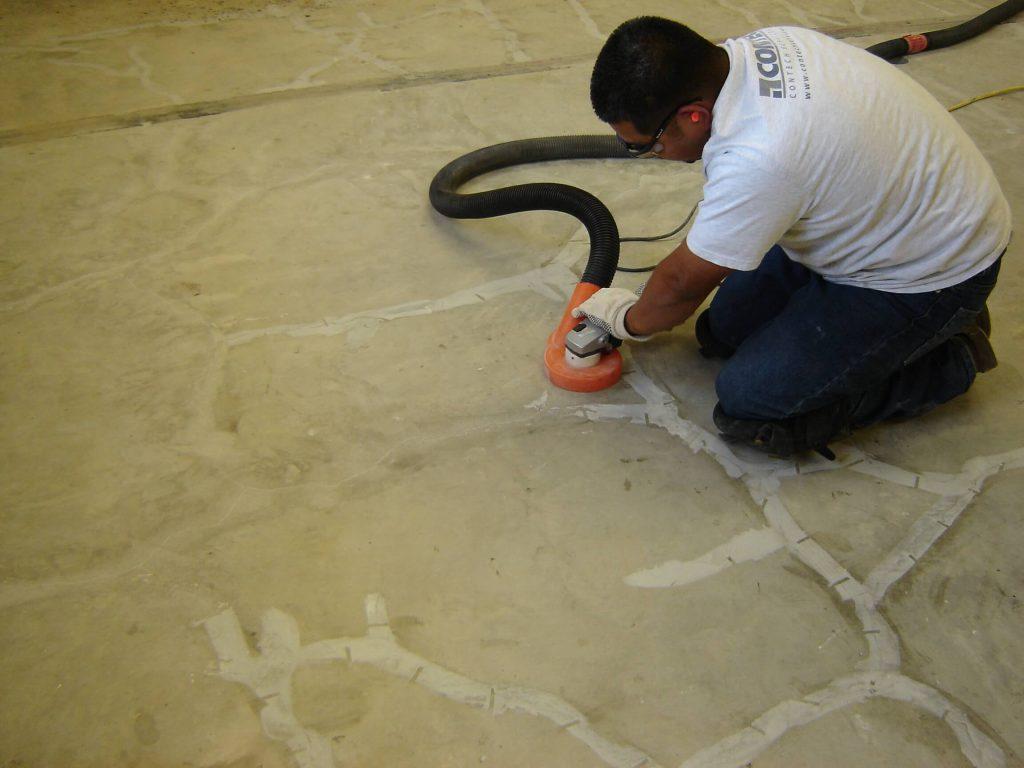 پاک سازی پس از عملیات تزریق بتن - استوارسازان