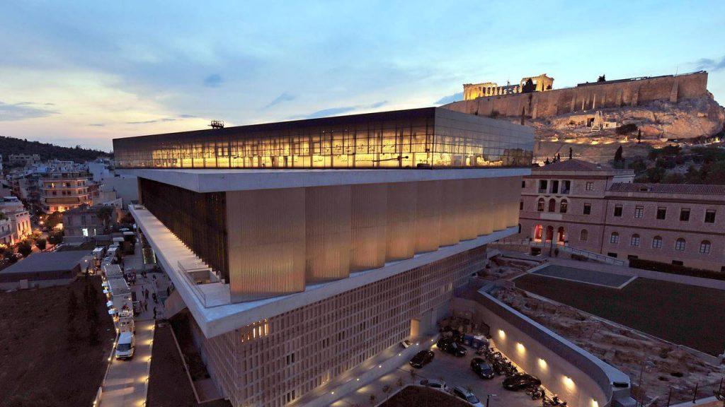 بررسی موزه جدید آکروپولیس اثر برنارد چومی - استوارسازان