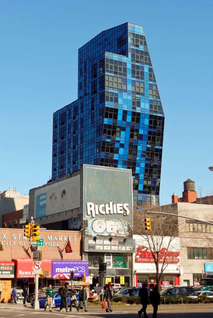 برج آبی نیویورک اثر برنارد چومی - استوارسازان