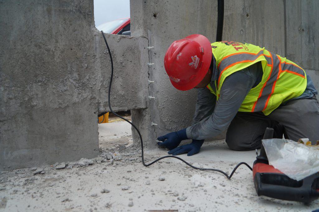 تفاوت رزین اپوکسی با رزین پلی یورتان - تزریق بتن - استوارسازان
