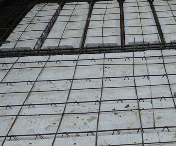 اجرای آرماتور حرارتی سقف با میلگرد های ناصاف - تیرچه های بتنی - استوارسازان
