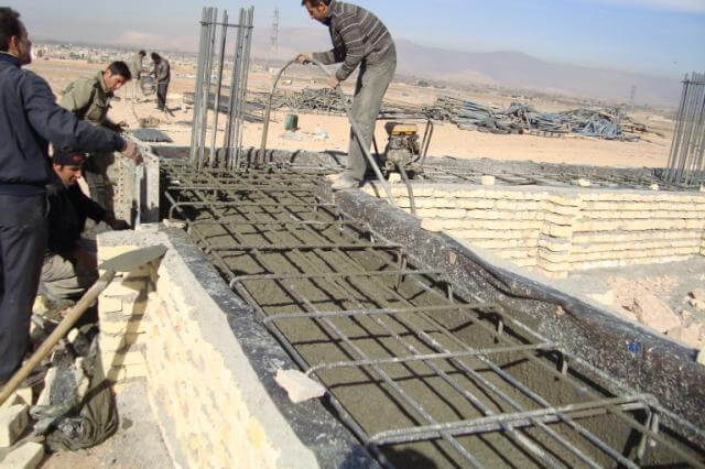 آرماتور گذاری پی نواری برای سازهی بتن آرمه - آرماتور بندی فونداسیون - استوارسازان