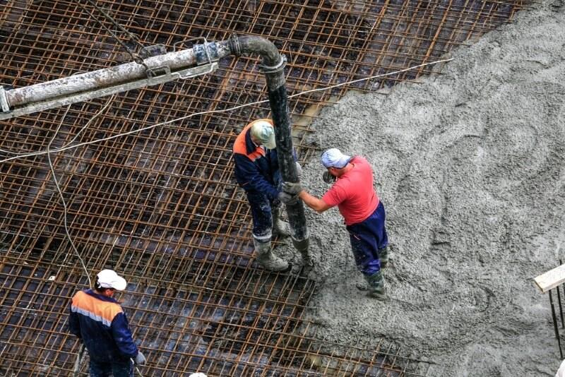 استفاده از فولاد در بتن ریزی - علت استفاده از فولاد در بتن - استوارسازان
