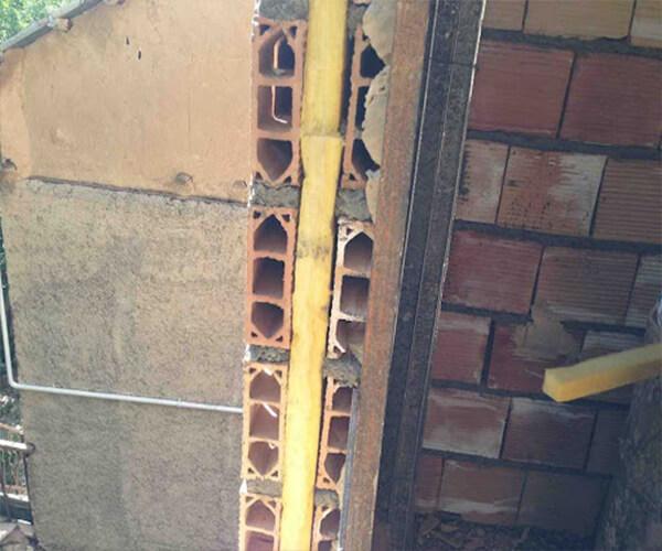 اجرای دیوار آجری و نصب عایق پشم سنگ - عایق حرارتی ساختمان - استوارسازان