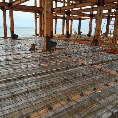 نصب تیرچه و تیرچه ریزی سقف کامپوزیت - استوارسازان