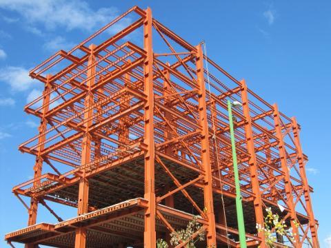 تصویر 5 ساختمان های فولادی نورد گرم - استوارسازان